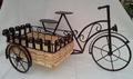 Bicicleta de forja con cesto
