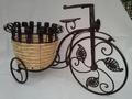 Triciclo negro con cesto